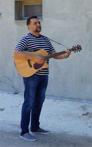 guitar-seranade